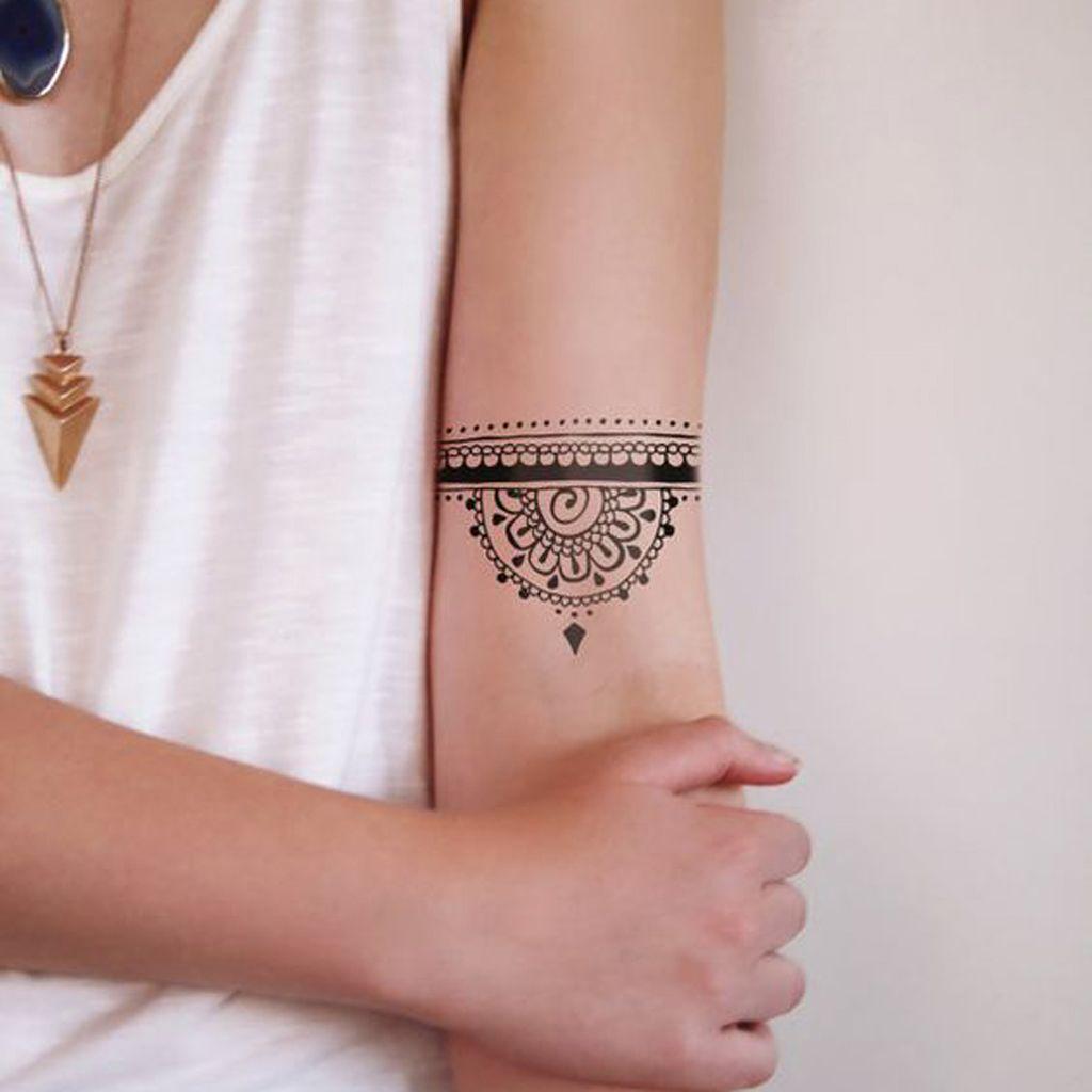 tatouage mandala nos id es pour vous faire un joli tattoo mandala elle. Black Bedroom Furniture Sets. Home Design Ideas