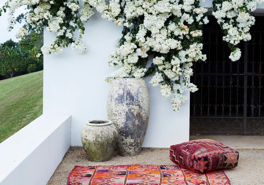 entr e de maison les id es d 39 am nagement pour un ext rieur plein de style elle d coration. Black Bedroom Furniture Sets. Home Design Ideas