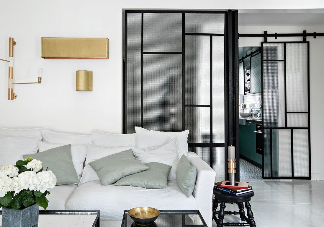 on vous prouve que la porte vitr e est la cloison adopter elle d coration. Black Bedroom Furniture Sets. Home Design Ideas