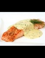 Saumon marin et peau croustillante pommes de terre br lantes pour 4 personnes recettes elle - Recette saumon au four avec pomme de terre ...