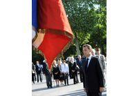 Nicolas Sarkozy et François Hollande côte à côte pour le 8 mai