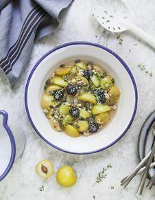 Salade de prunes au sirop de thym