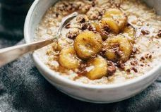 Oatmeal : 7 idées aux flocons d'avoine pour un petit-déjeuner qui change