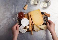 Manger du fromage permet de vivre plus longtemps (et c'est la science qui le dit)
