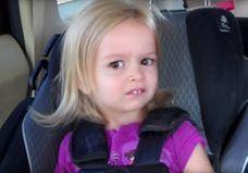 Chloé : la petite fille devenue un mème en 2013 a bien grandi !