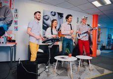 Vidéo : KIZ en live à la rédaction du ELLE