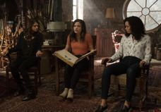« Charmed » : le reboot ne plaît pas du tout aux fans et à Holly Marie Combs