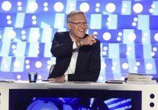 «Taisez-vous» : Laurent Ruquier très agacé face à Nicolas Dupont-Aignan dans ONPC
