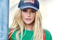 La nouvelle Britney Spears nous en met plein la vue pour Kenzo
