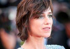 Charlotte Gainsbourg, « fille ingrate » dans une famille de « canons de beauté »