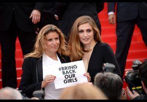 Cannes 2014 : Julie Gayet soutient #BringBackOurGirls sur la Croisette
