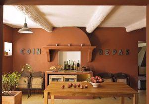 Un vieux mas provençal comme on les aime...