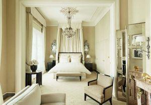 Alerte vente aux enchères : shoppez la déco légendaire du Ritz Paris