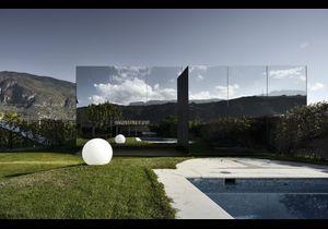 Des maisons d'architectes qui se fondent dans le décor…