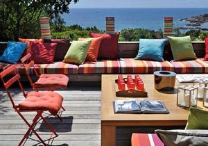 Une villa en Corse : design avec vue
