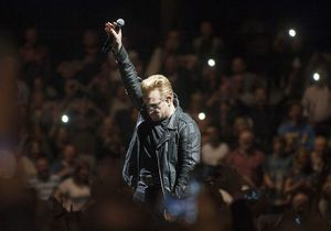 Après l'annulation de ses concerts, U2 annonce son retour à Paris