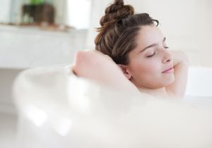 Comment transformer sa baignoire en temple du bien-être