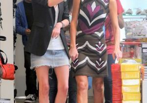 Nicky et Paris Hilton jouent le remake de L'accro du shopping