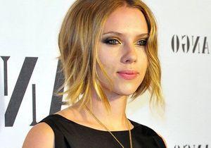 Scarlett Johansson change de look !