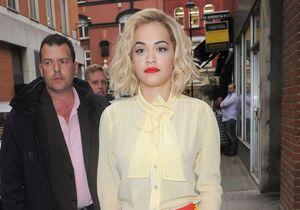 Le look du jour : Rita Ora, miss McDonald's pour Moschino