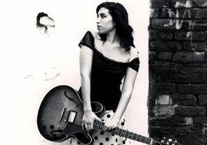 « Amy », le documentaire qui parle enfin de la maladie dont souffrait Amy Winehouse