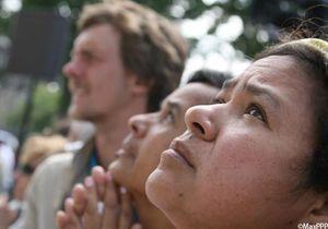 Crash Rio-Paris:un an après, le combat des familles continue