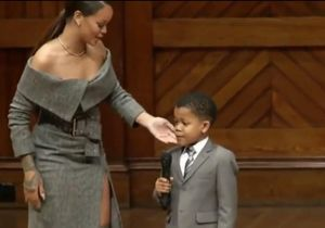 Découvrez pourquoi Rihanna a complètement craqué pour ce petit garçon