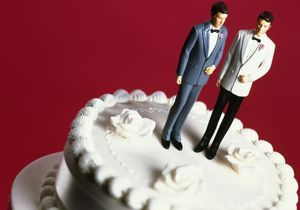 Le couple gay qui défie le maire d'Arcangues