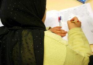 Un rapport envisage d'autoriser le voile à l'école