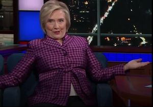 Vladimir Poutine et ses jambes écartées : Hillary Clinton raconte