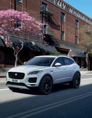E-PACE : la technologie Jaguar à la rescousse !