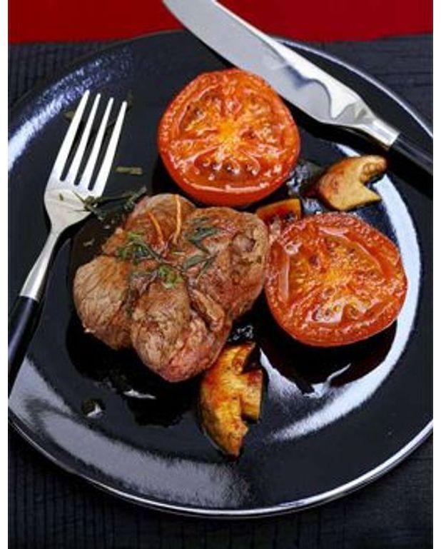 paupiettes de boeuf et tomates aux cepes pour 6 personnes recettes elle table. Black Bedroom Furniture Sets. Home Design Ideas