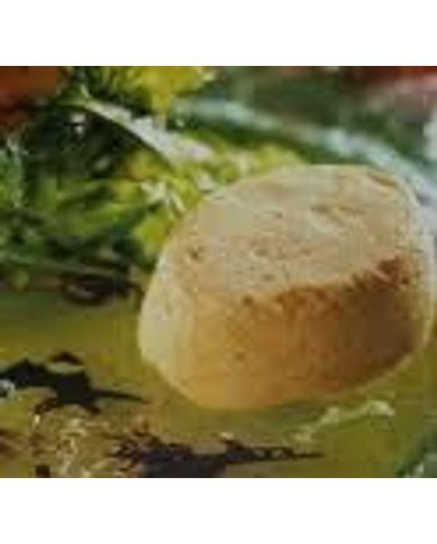terrine de saumon frais au fromage et fines herbes pour 4 personnes recettes elle table. Black Bedroom Furniture Sets. Home Design Ideas