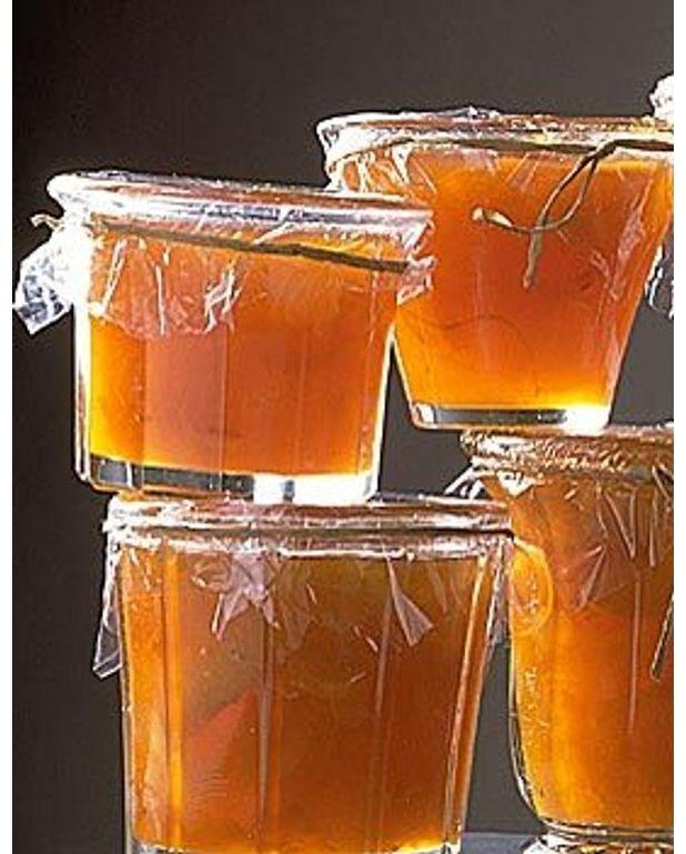 confiture d 39 abricot aux oranges et aux amandes pour 4 personnes recettes elle table. Black Bedroom Furniture Sets. Home Design Ideas