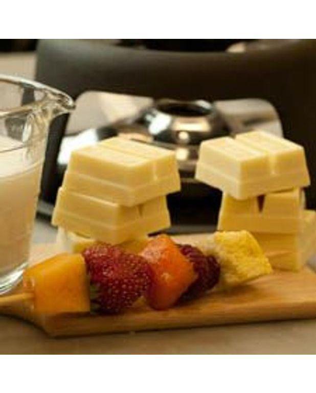 fondue d t au chocolat blanc pour 6 personnes recettes elle table. Black Bedroom Furniture Sets. Home Design Ideas