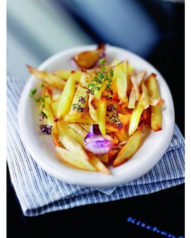 Frites au four pour 4 personnes recettes elle table - Frites pour friteuse au four ...
