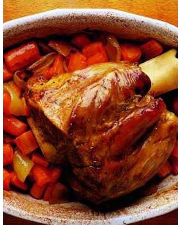 Jarret de veau brais l 39 ancienne pour 4 personnes recettes elle table - Comment cuisiner le jarret de veau ...