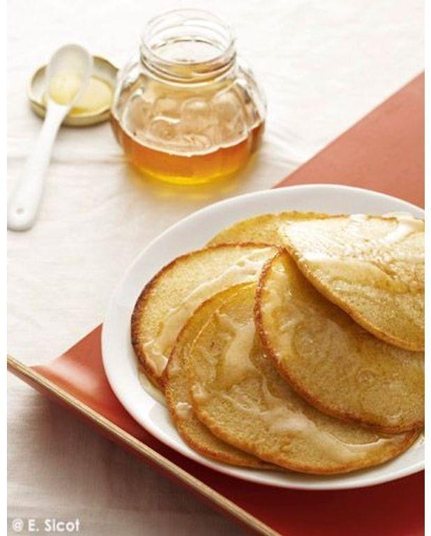 Pancakes la semoule pour 4 personnes recettes elle table - Recette pancakes herve cuisine ...