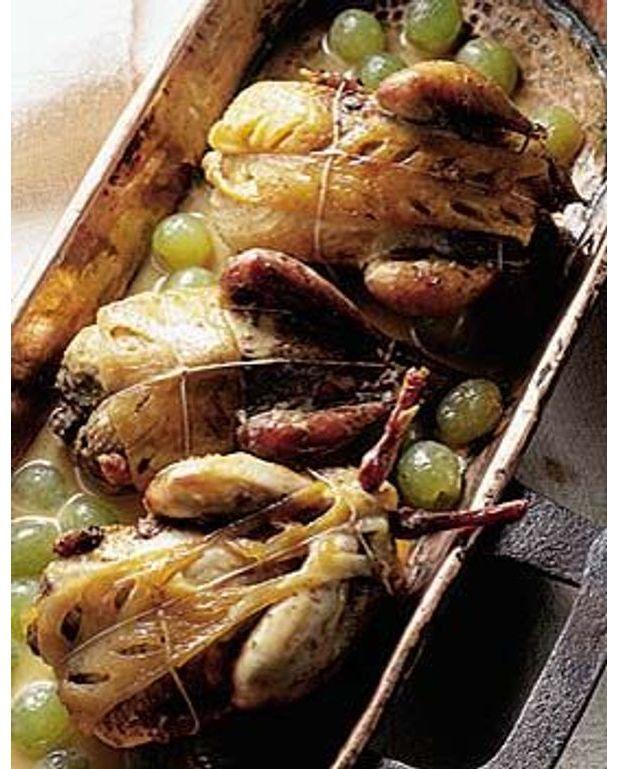 Perdreaux aux raisins pour 4 personnes recettes elle table - Cuisiner des perdreaux ...