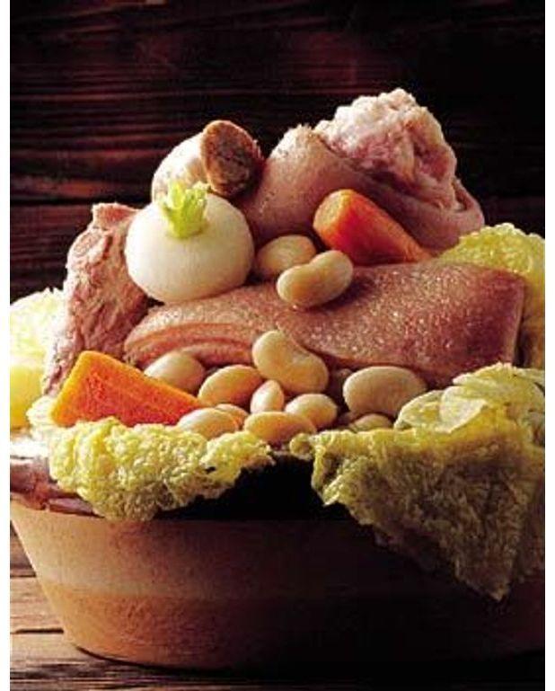 Pot e d 39 auvergne aux choux brais s pour 4 personnes for Auvergne cuisine