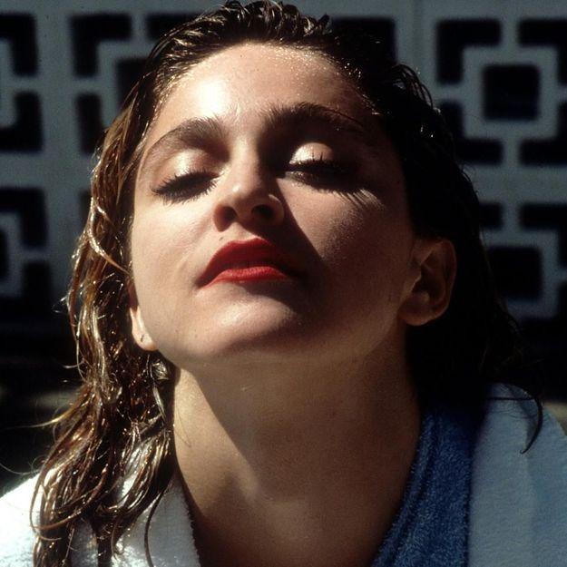 Populaire Maquillage années 80 : comment faire un maquillage années 80 - Elle KT23