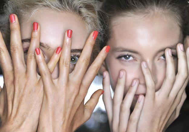 S.O.S : j'ai les ongles qui se dédoublent, je fais quoi ?