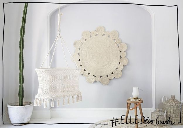 #ELLEDécoCrush : un berceau en macramé pour une chambre de bébé bohème