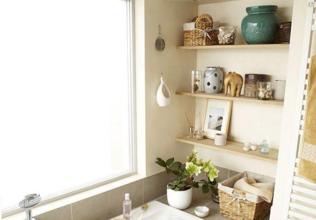 15 id es pour relooker sa salle de bains sans se ruiner elle d coration. Black Bedroom Furniture Sets. Home Design Ideas