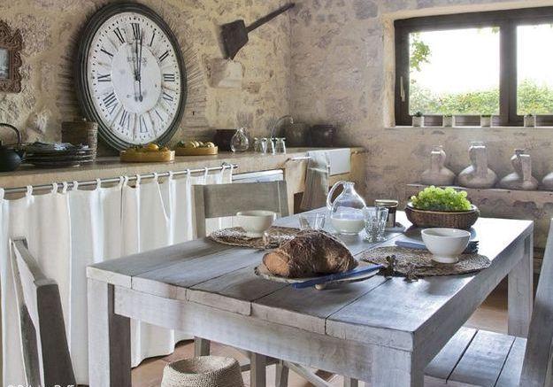 8 astuces pour d tourner ses rideaux elle d coration for Fixer un plan de travail cuisine