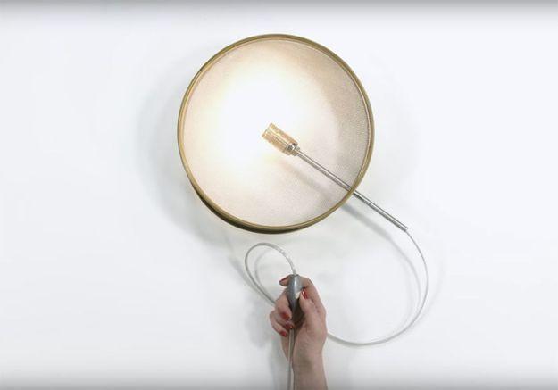 DIY : comment fabriquer une lampe avec un tamis