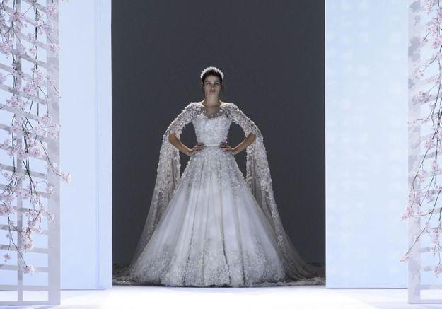 calendrier fashion week d couvrez le calendrier de la fashion week haute couture automne hiver. Black Bedroom Furniture Sets. Home Design Ideas