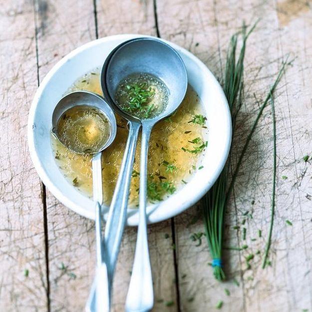 Comment faire un fond blanc facilement en cuisine elle table - Comment cuisiner un patisson blanc ...