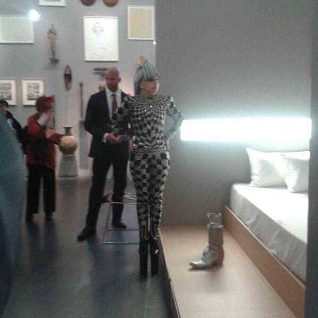o croiser lady gaga paris aujourd 39 hui elle. Black Bedroom Furniture Sets. Home Design Ideas
