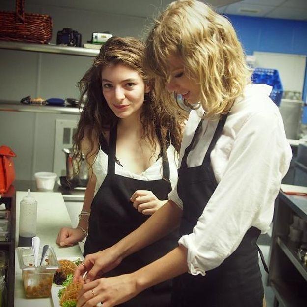 Taylor Swift et Lorde prennent un cours de cuisine ensemble